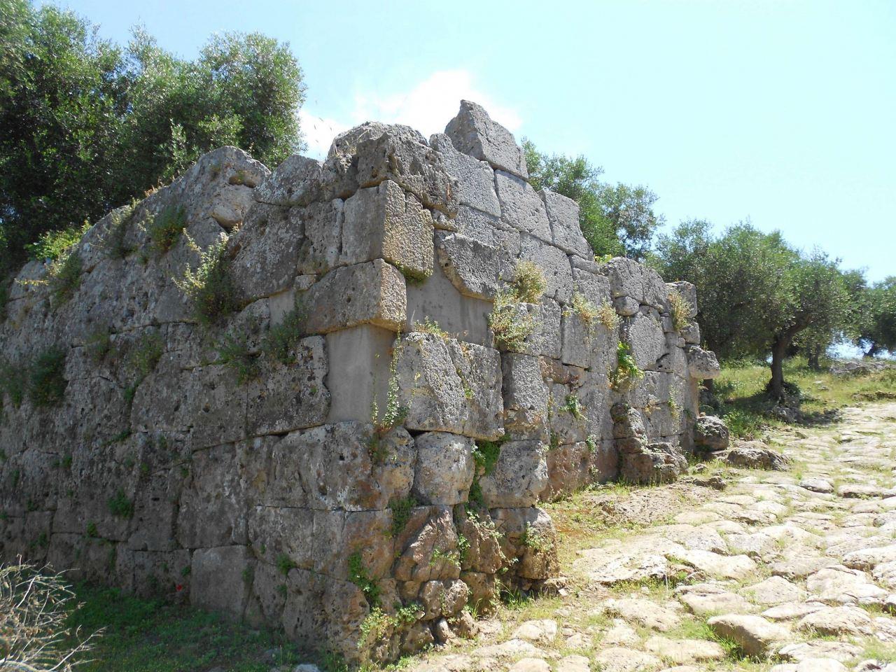 Cosa-Mura-Megalitiche-Ansedonia-Grosseto-Toscana-Italia-22