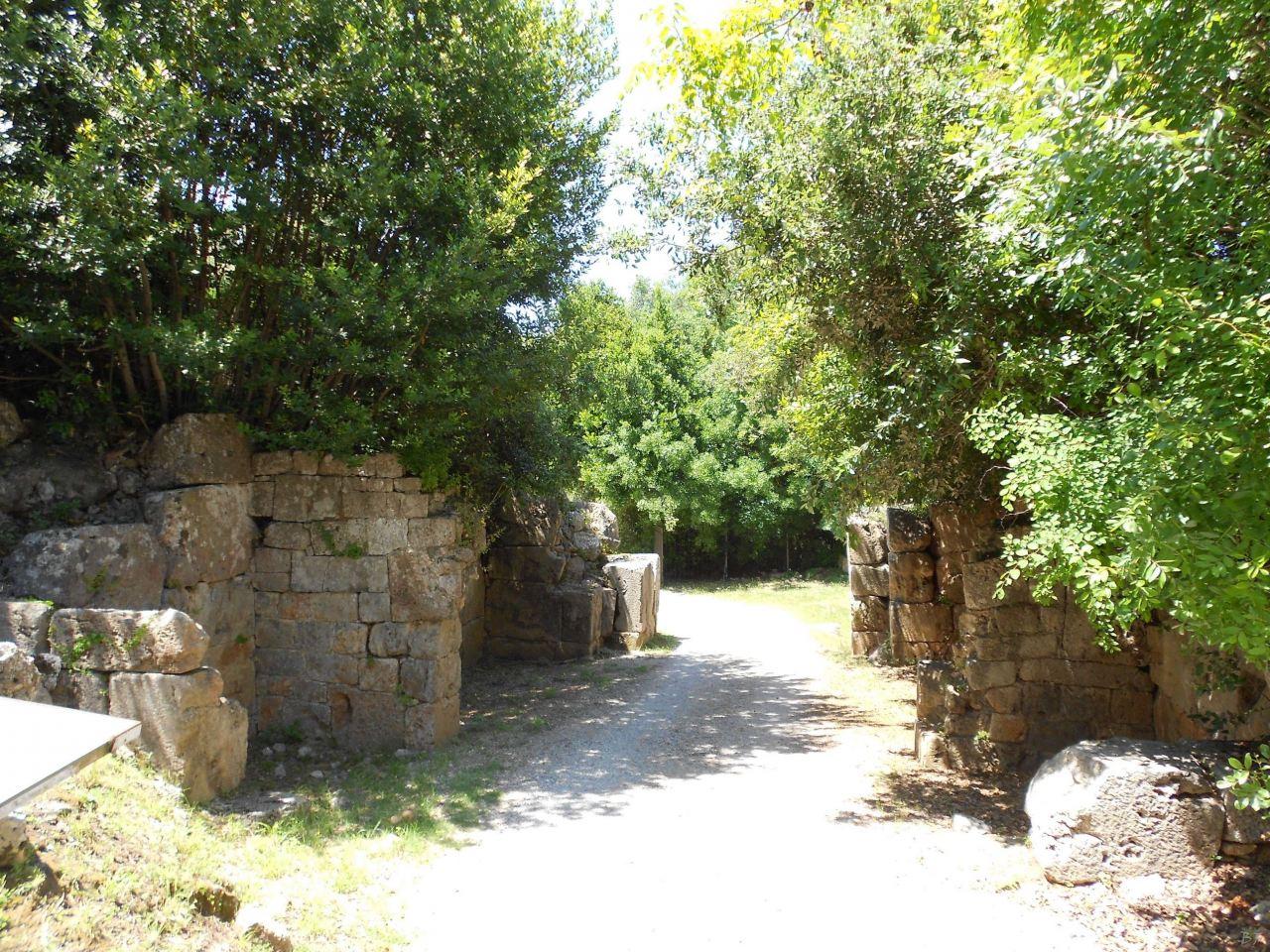Cosa-Mura-Megalitiche-Ansedonia-Grosseto-Toscana-Italia-43