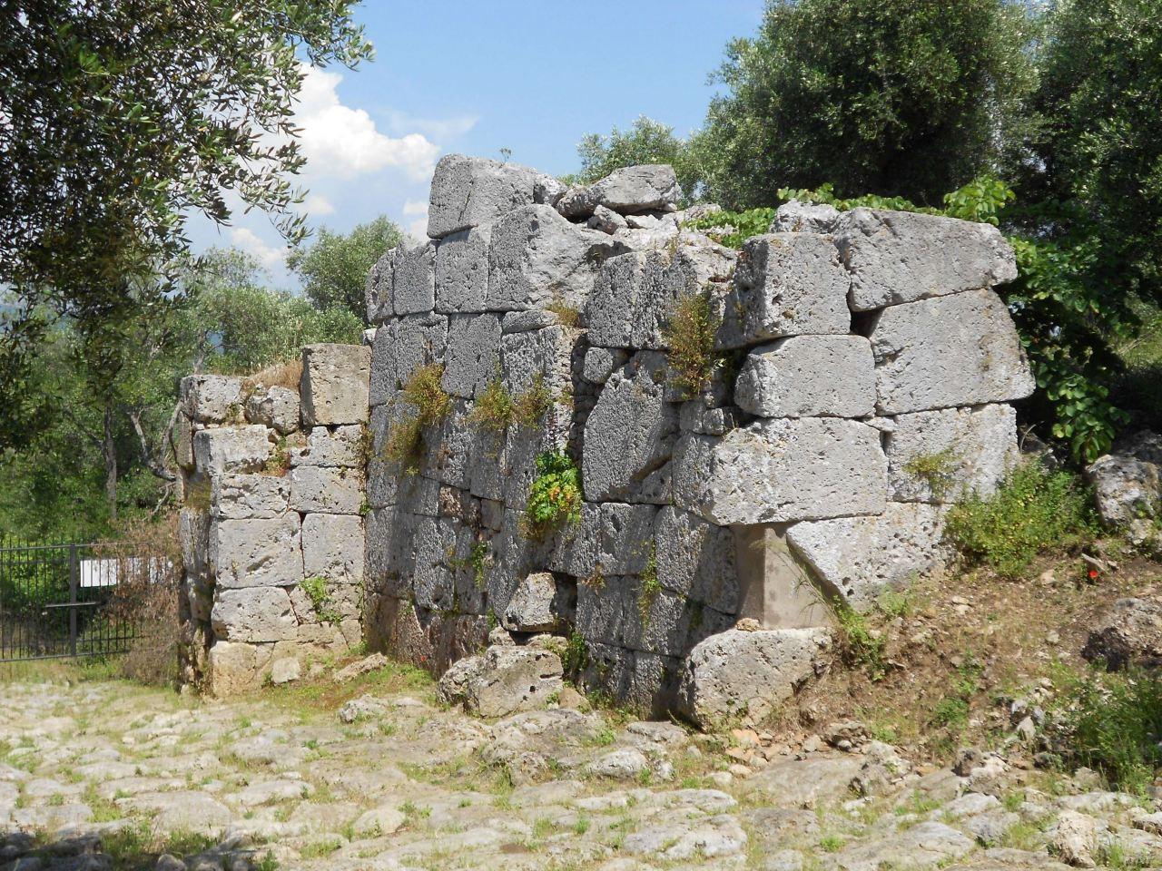 Cosa-Mura-Megalitiche-Ansedonia-Grosseto-Toscana-Italia-44