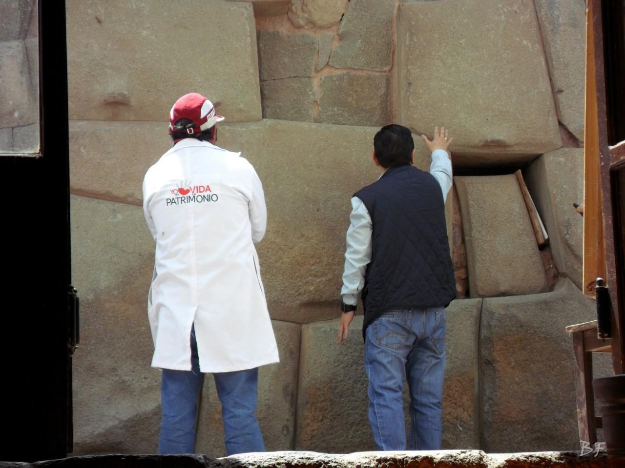 Mura-Poligonali-Megaliti-Cusco-Perù-11