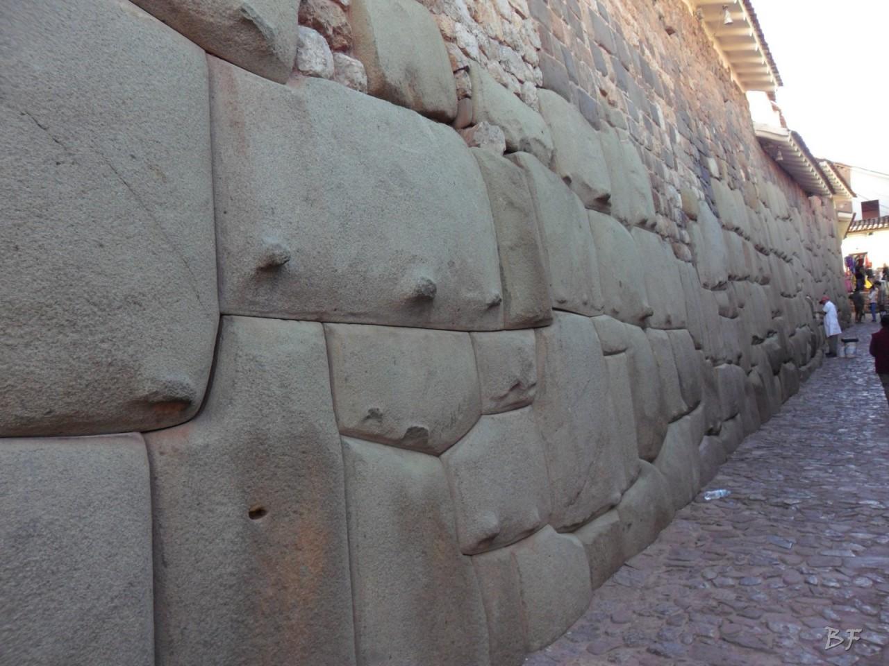 Mura-Poligonali-Megaliti-Cusco-Perù-20