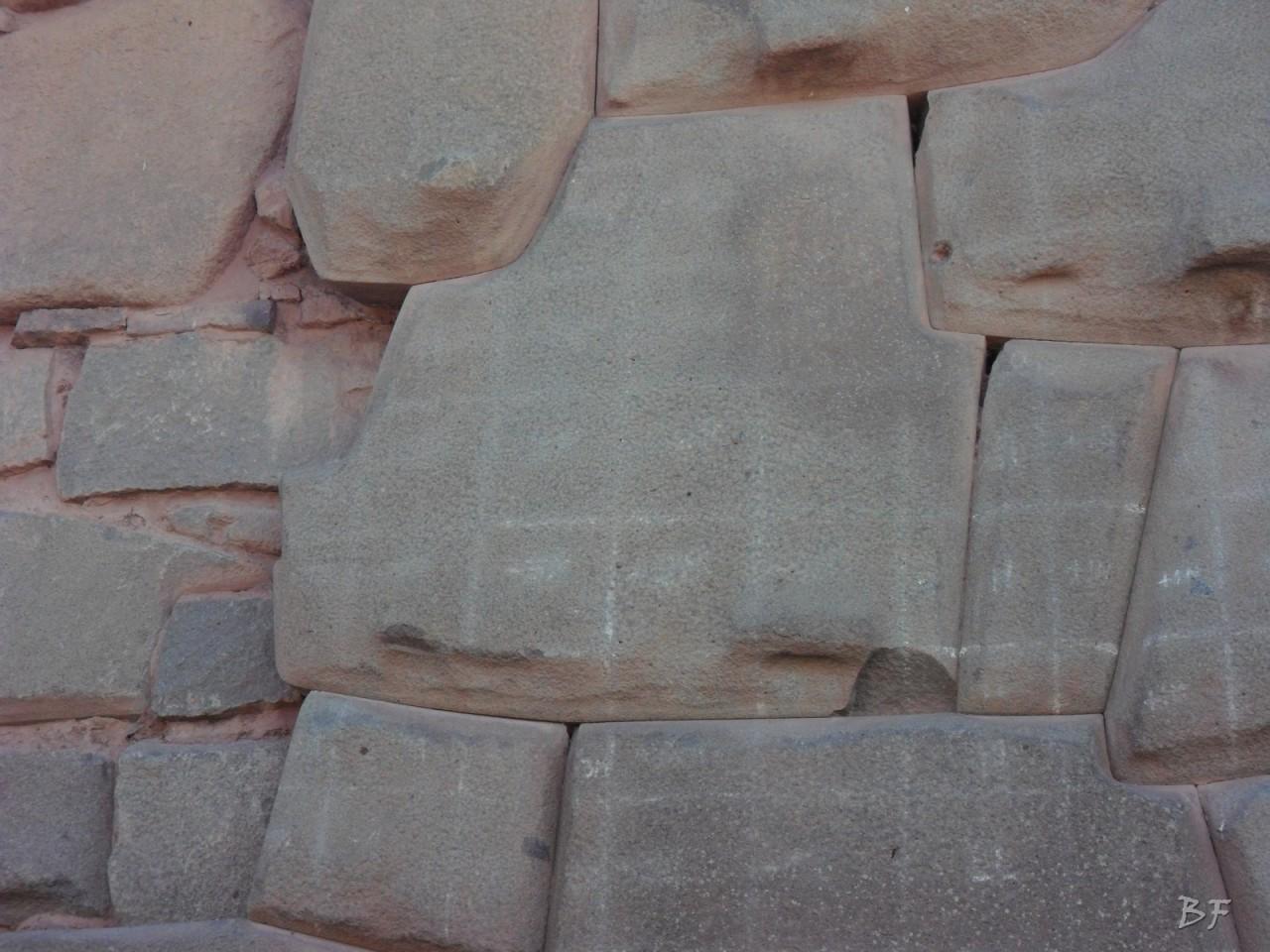 Mura-Poligonali-Megaliti-Cusco-Perù-21