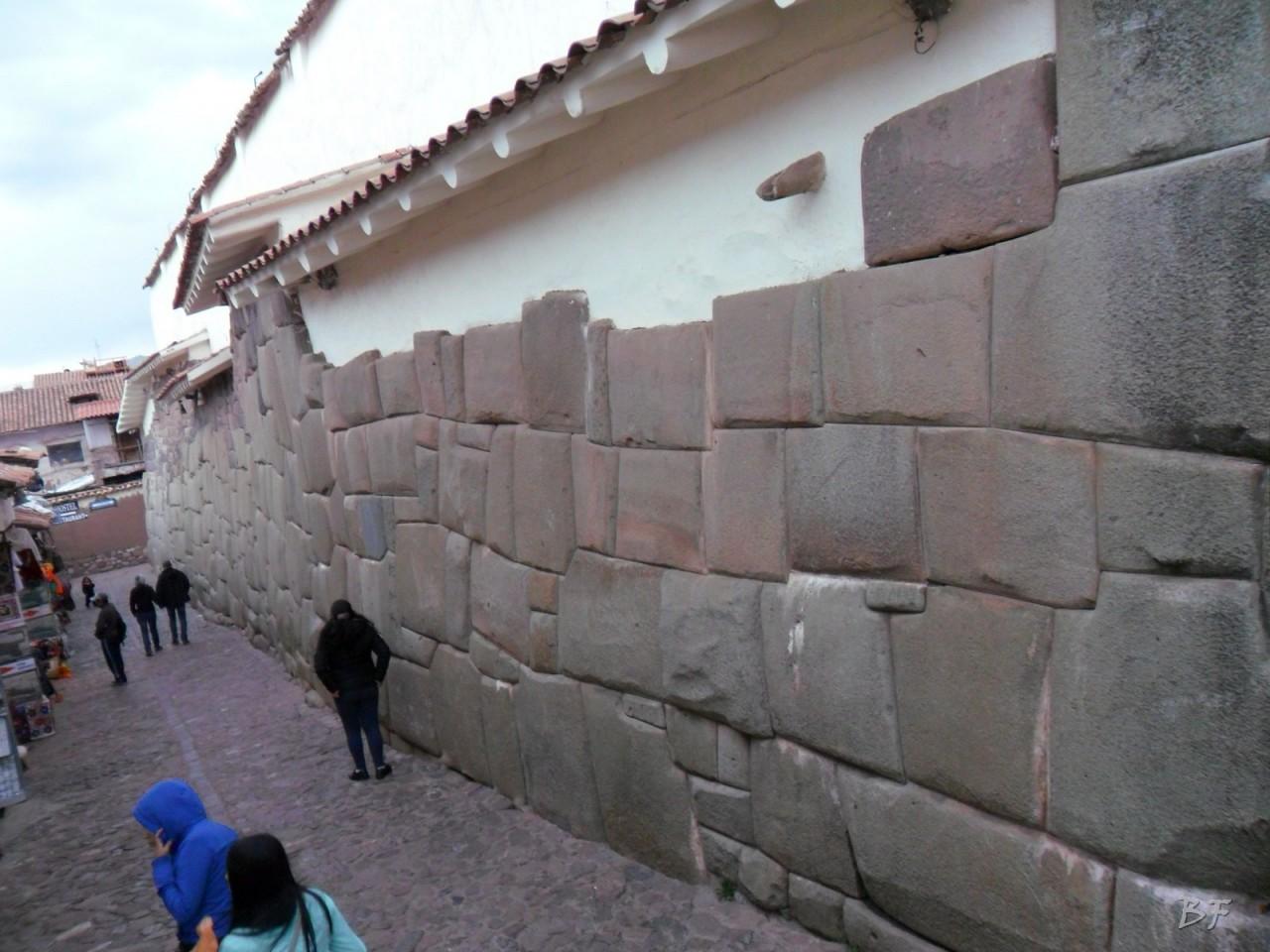 Mura-Poligonali-Megaliti-Cusco-Perù-25