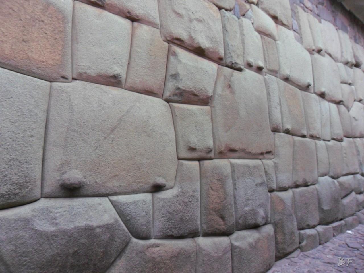 Mura-Poligonali-Megaliti-Cusco-Perù-27