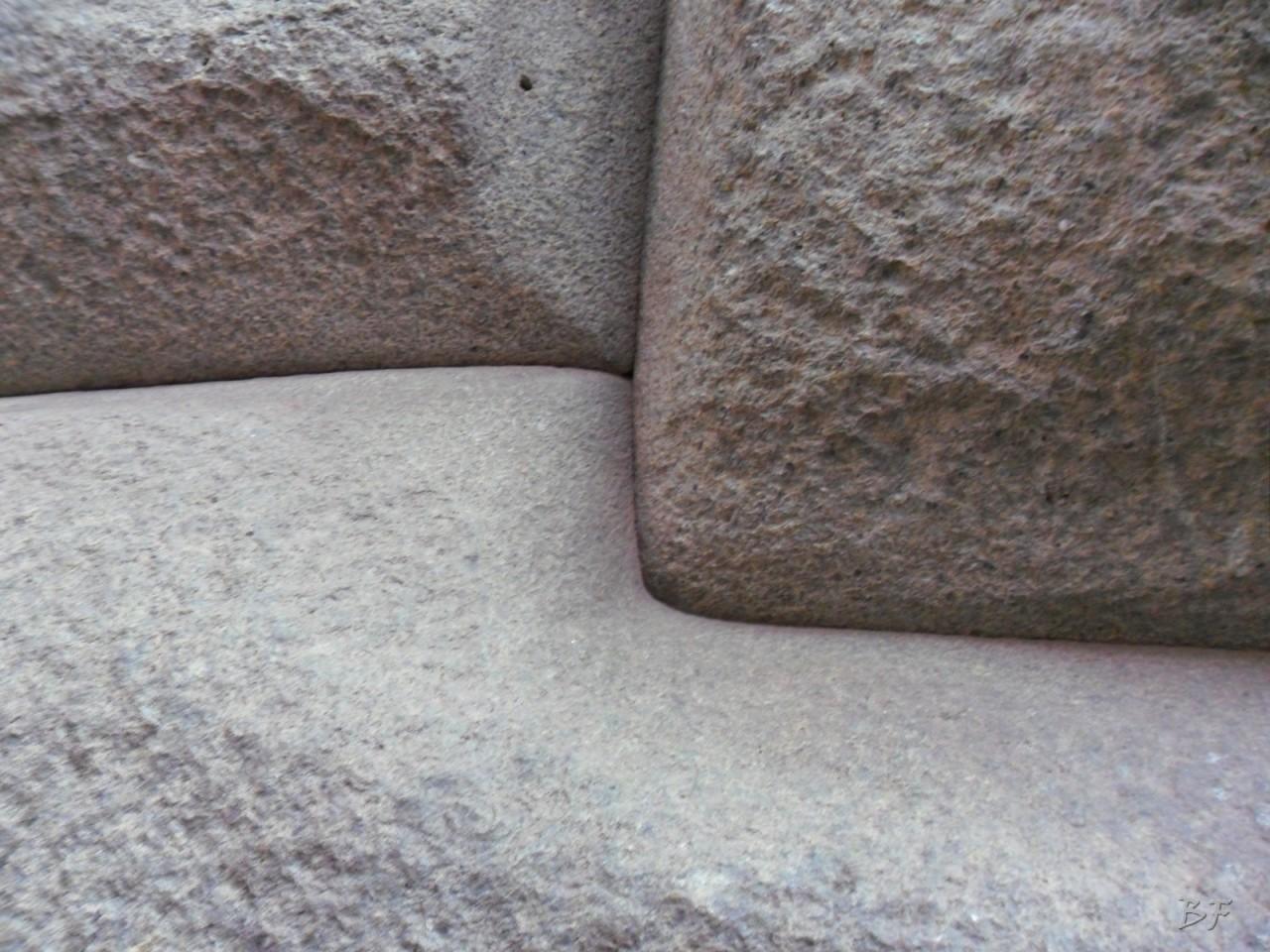 Mura-Poligonali-Megaliti-Cusco-Perù-29
