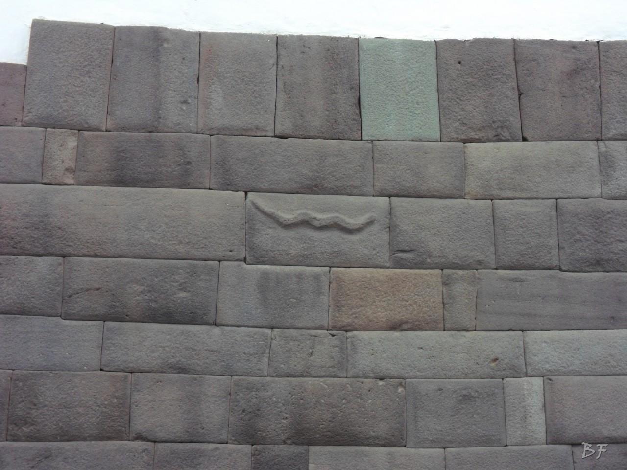 Mura-Poligonali-Megaliti-Cusco-Perù-32