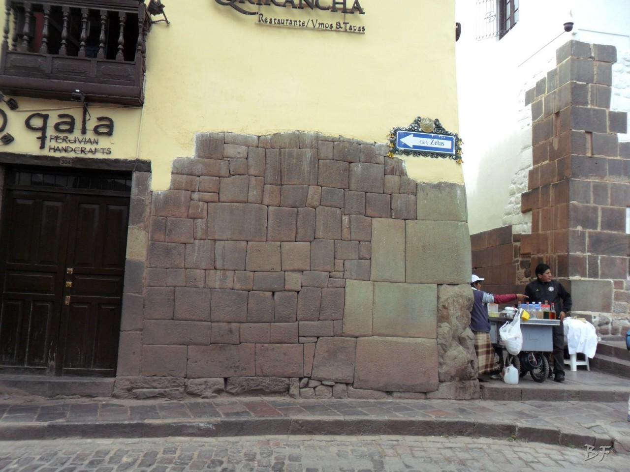 Mura-Poligonali-Megaliti-Cusco-Perù-35