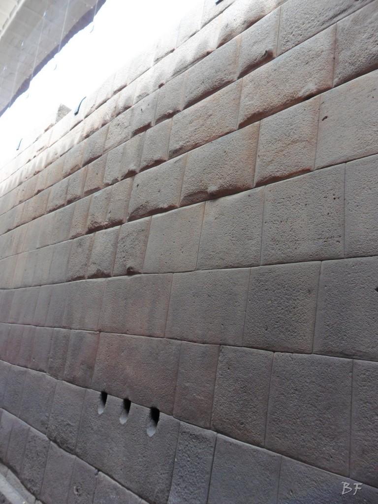 Mura-Poligonali-Megaliti-Cusco-Perù-46