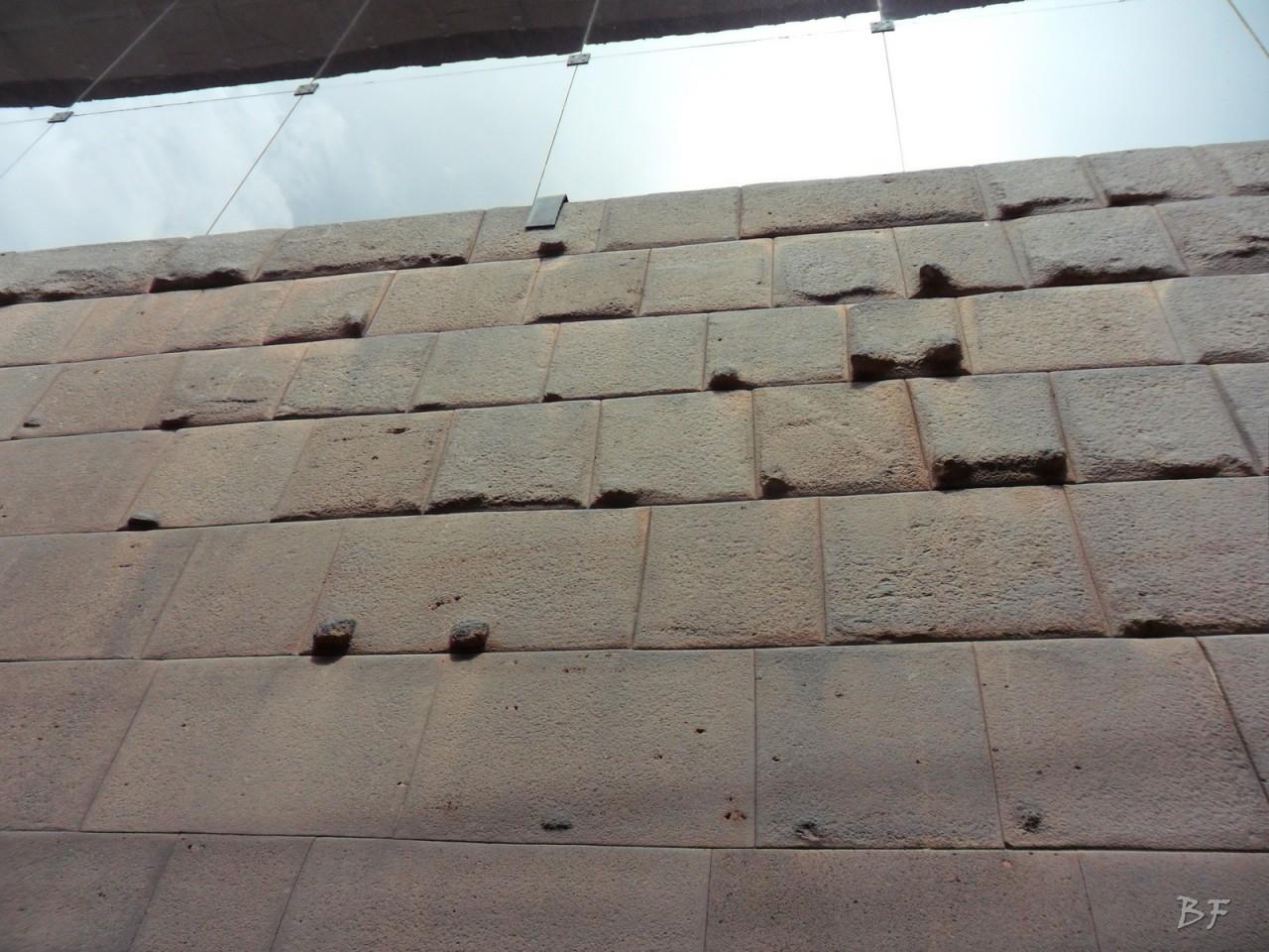 Mura-Poligonali-Megaliti-Cusco-Perù-47