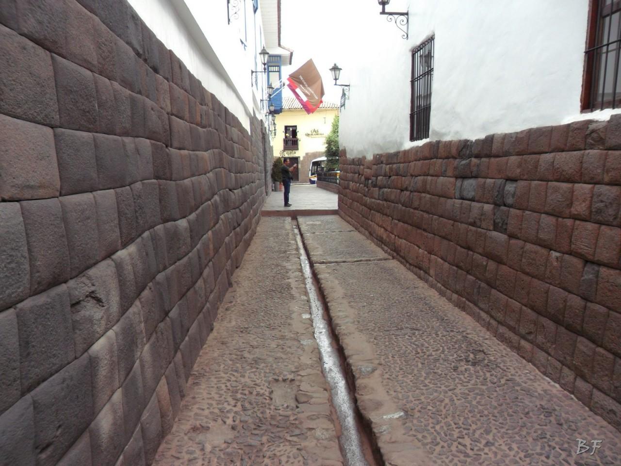 Mura-Poligonali-Megaliti-Cusco-Perù-57