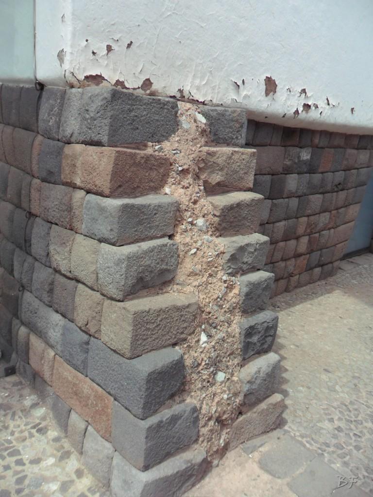 Mura-Poligonali-Megaliti-Cusco-Perù-60