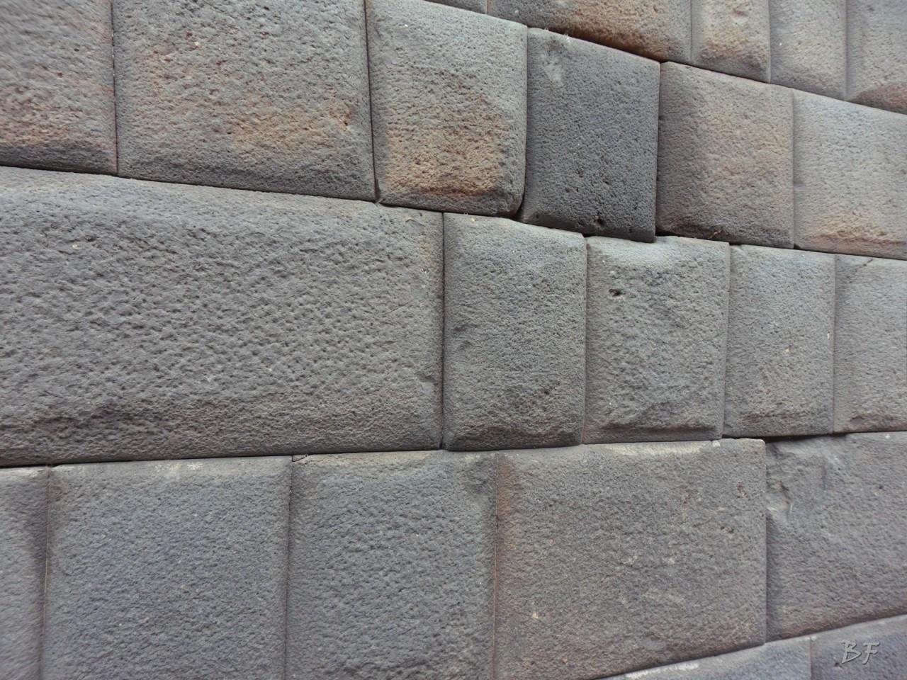 Mura-Poligonali-Megaliti-Cusco-Perù-62