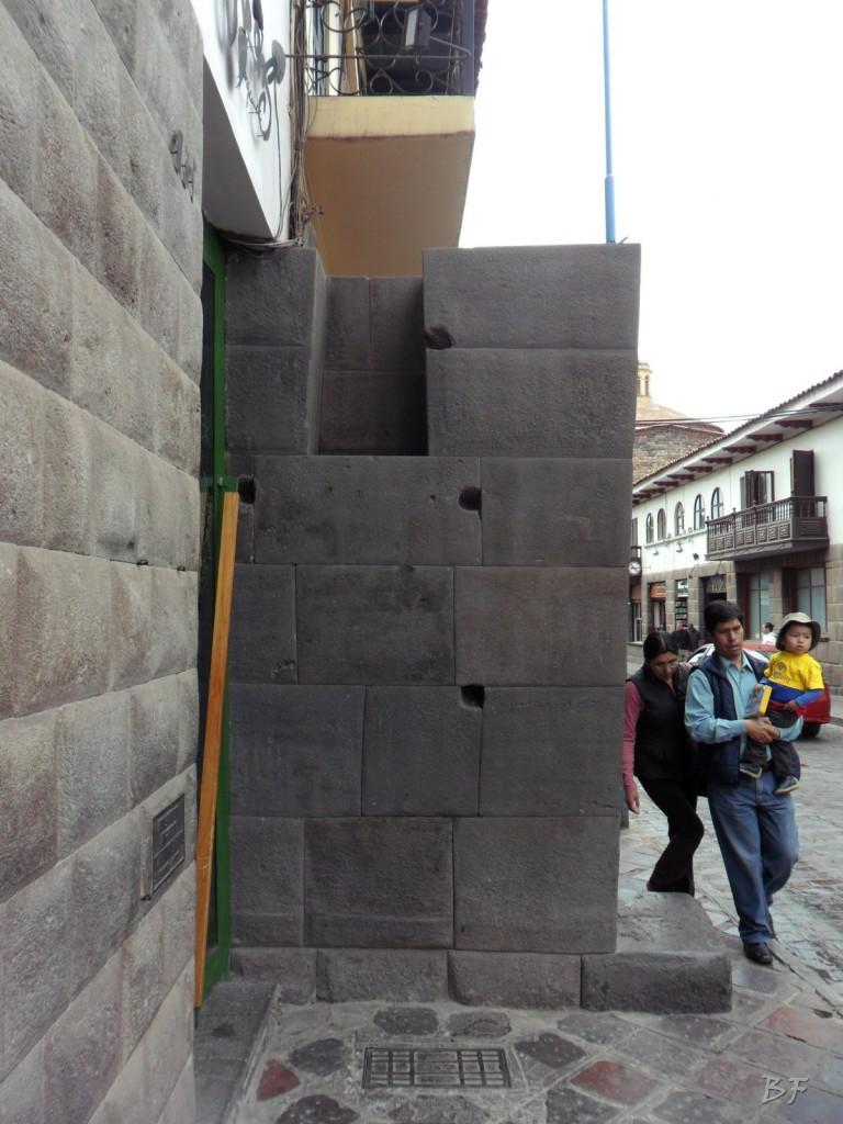 Mura-Poligonali-Megaliti-Cusco-Perù-64