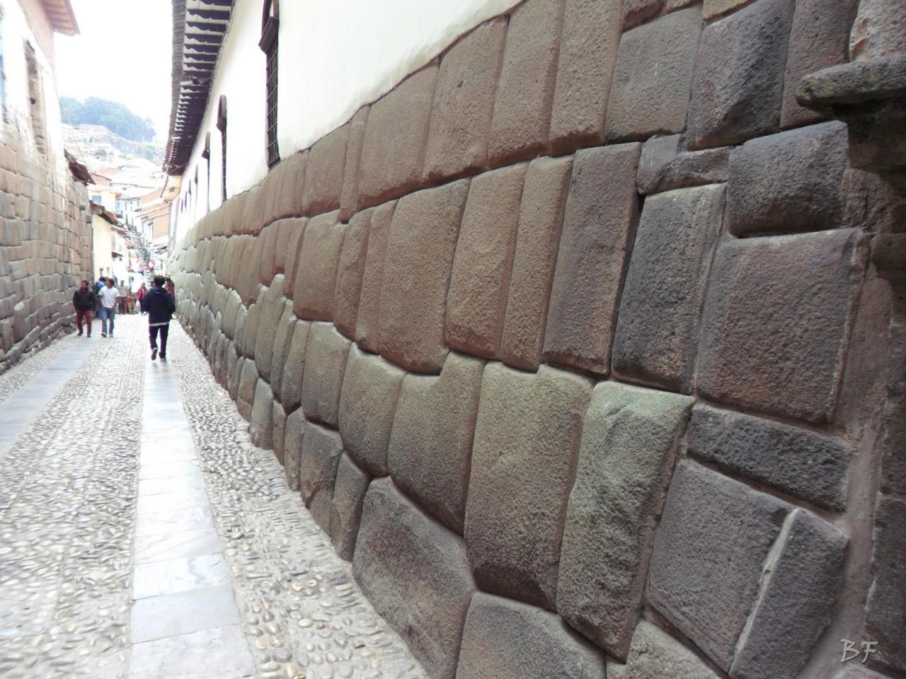 Mura-Poligonali-Megaliti-Cusco-Perù-66