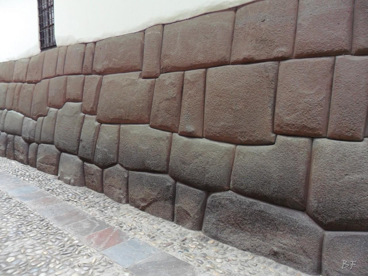 Mura-Poligonali-Megaliti-Cusco-Perù-67