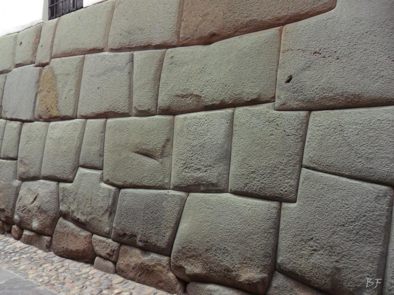 Mura-Poligonali-Megaliti-Cusco-Perù-71