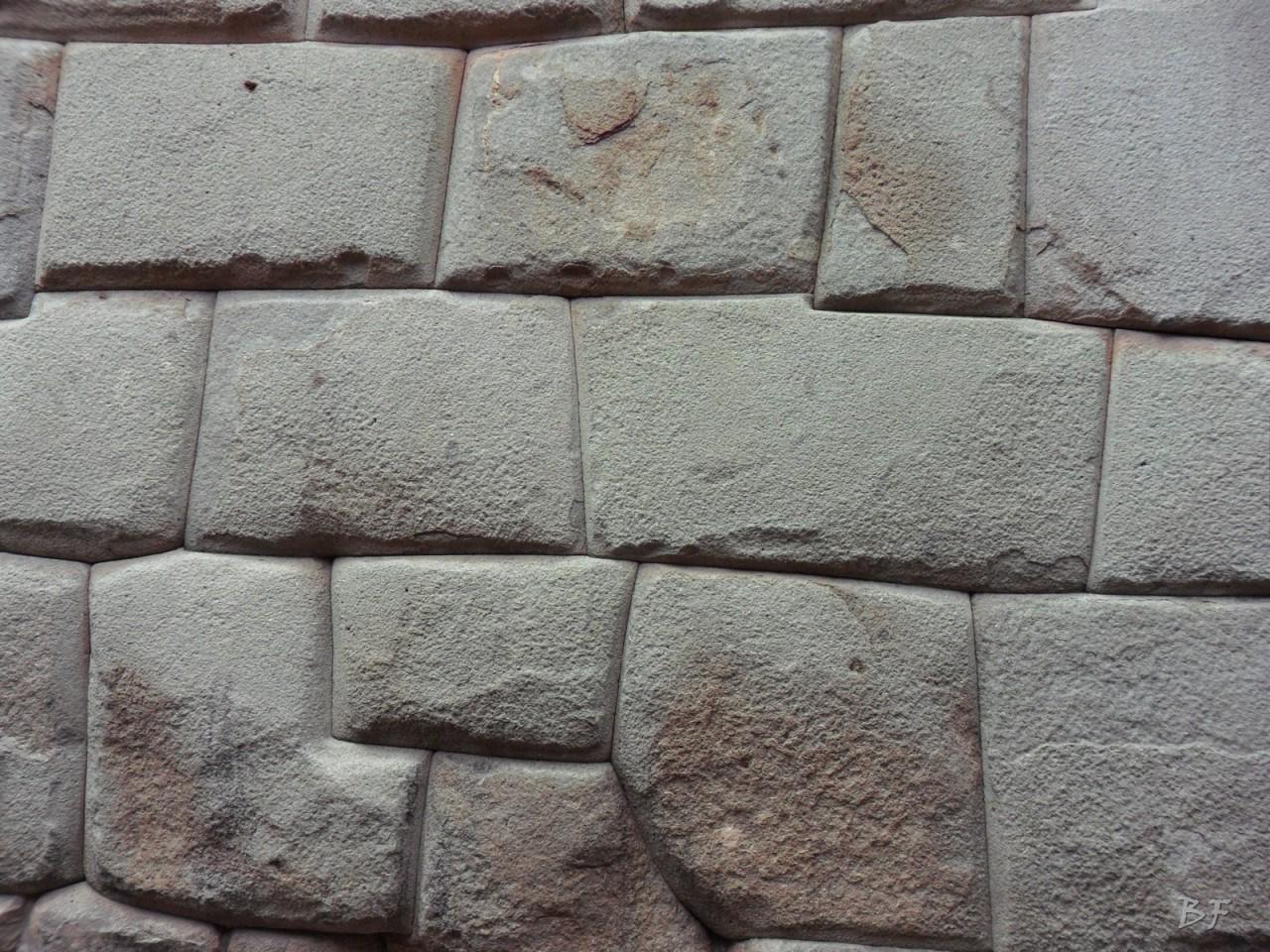 Mura-Poligonali-Megaliti-Cusco-Perù-72