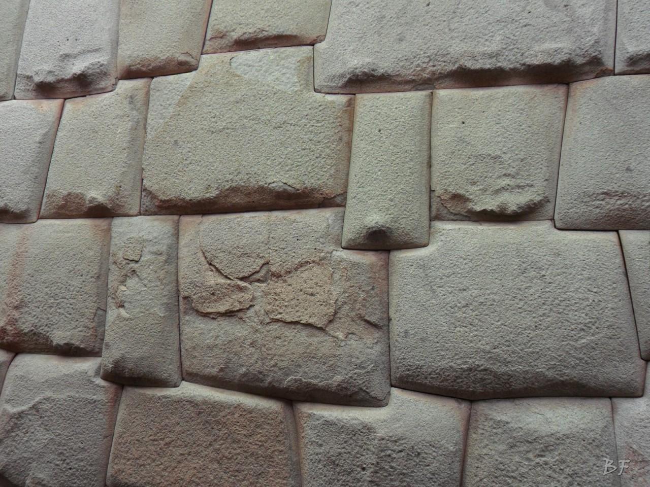 Mura-Poligonali-Megaliti-Cusco-Perù-75