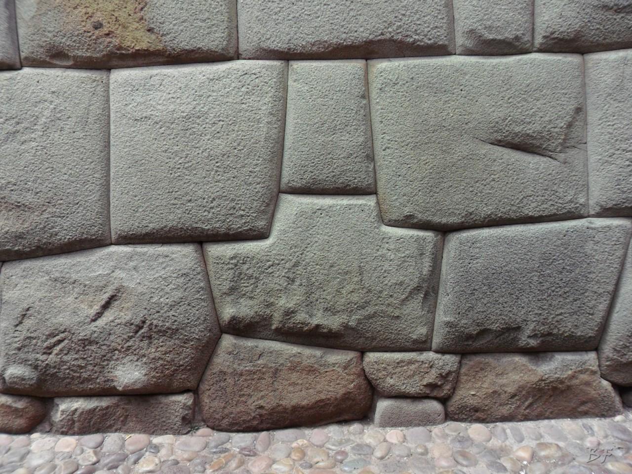 Mura-Poligonali-Megaliti-Cusco-Perù-84
