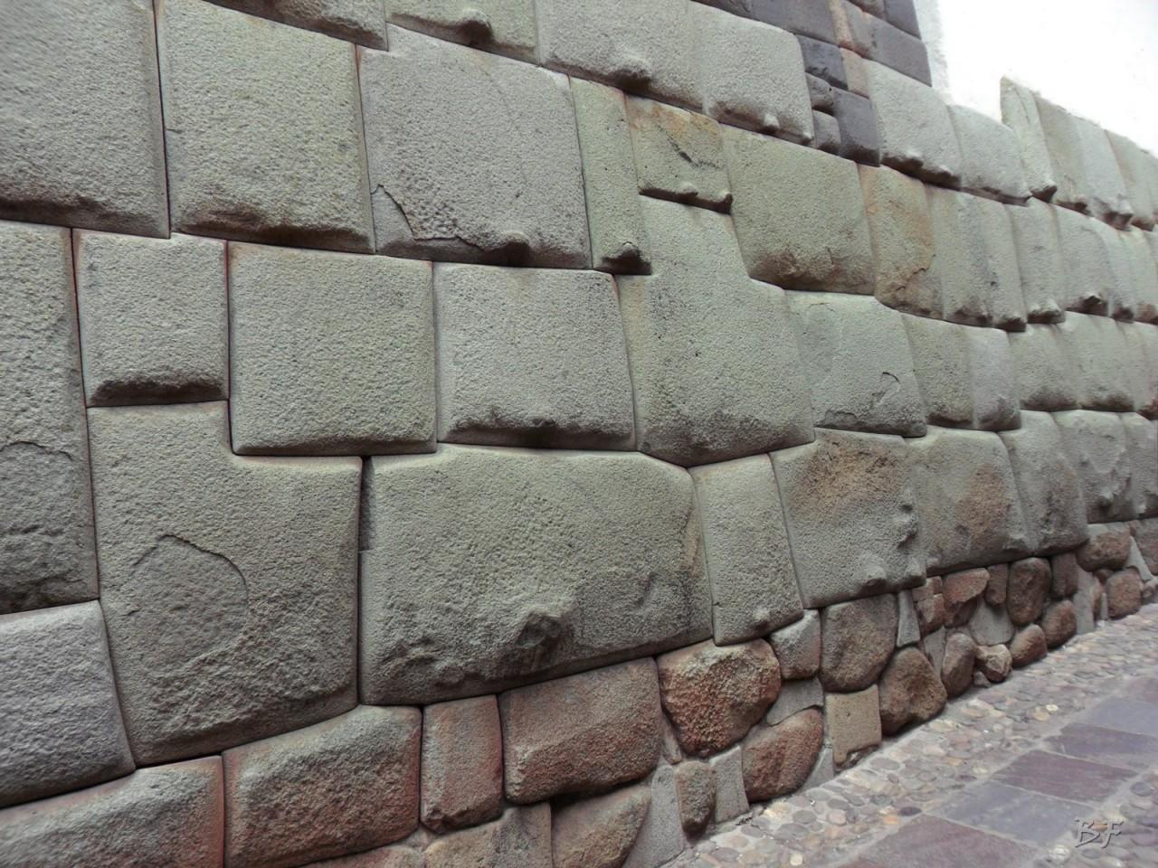 Mura-Poligonali-Megaliti-Cusco-Perù-86