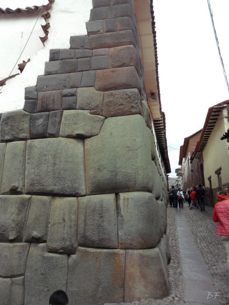 Mura-Poligonali-Megaliti-Cusco-Perù-87