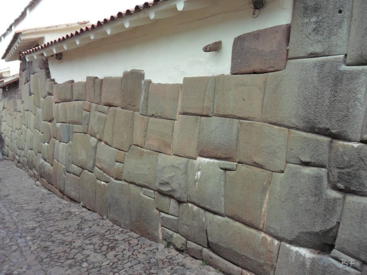 Mura-Poligonali-Megaliti-Cusco-Perù-88