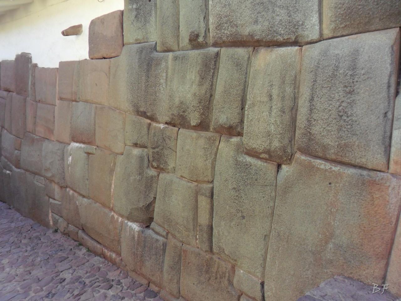 Mura-Poligonali-Megaliti-Cusco-Perù-9