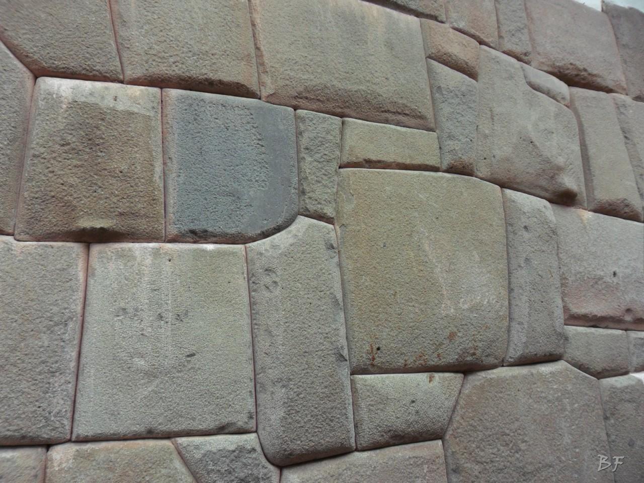 Mura-Poligonali-Megaliti-Cusco-Perù-91