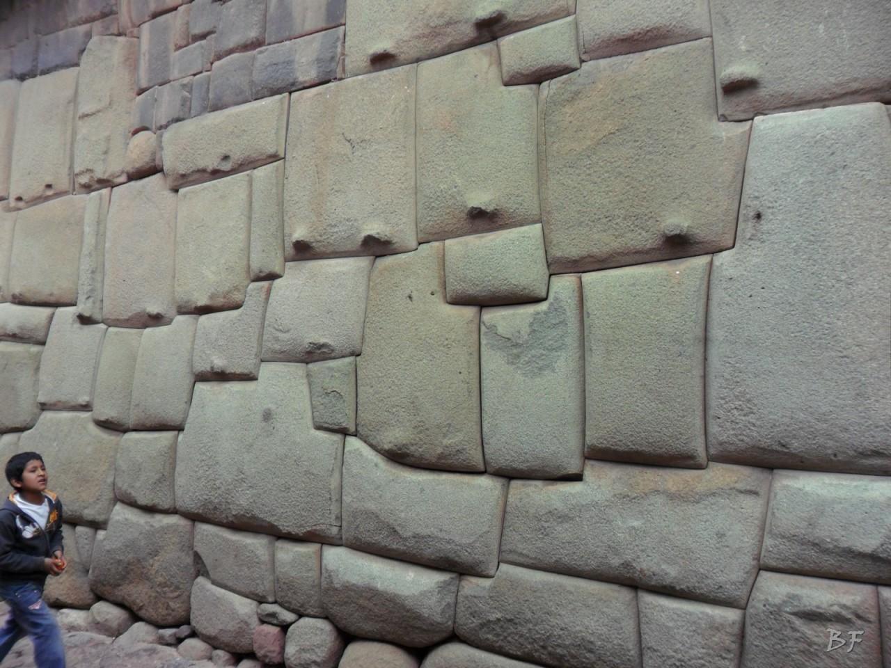 Mura-Poligonali-Megaliti-Cusco-Perù-94