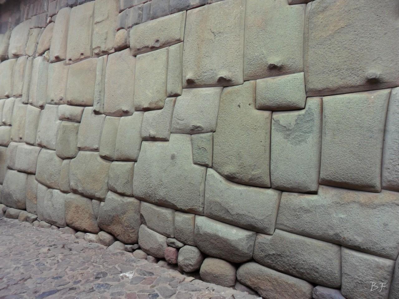 Mura-Poligonali-Megaliti-Cusco-Perù-95
