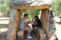 Dolmen-Montalbano-Fasano-Ostuni-Megaliti-Salento-Brindisi-Puglia-Italia-7