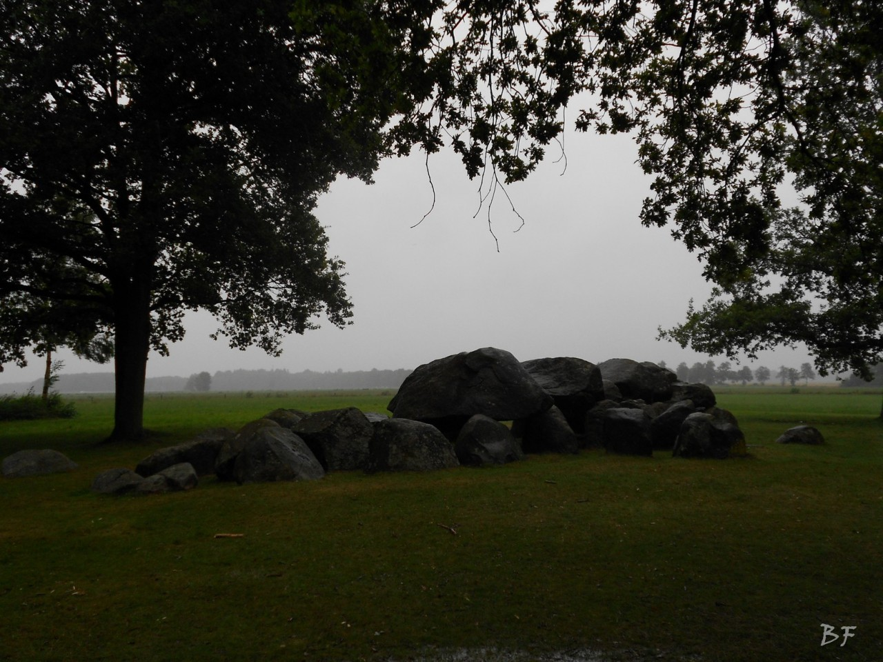 Hunebedden-Dolmen-Megaliti-Groeningen-Drenthe-Paesi-Bassi-26