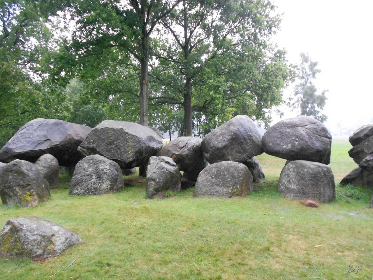 Hunebedden-Dolmen-Megaliti-Groeningen-Drenthe-Paesi-Bassi-27