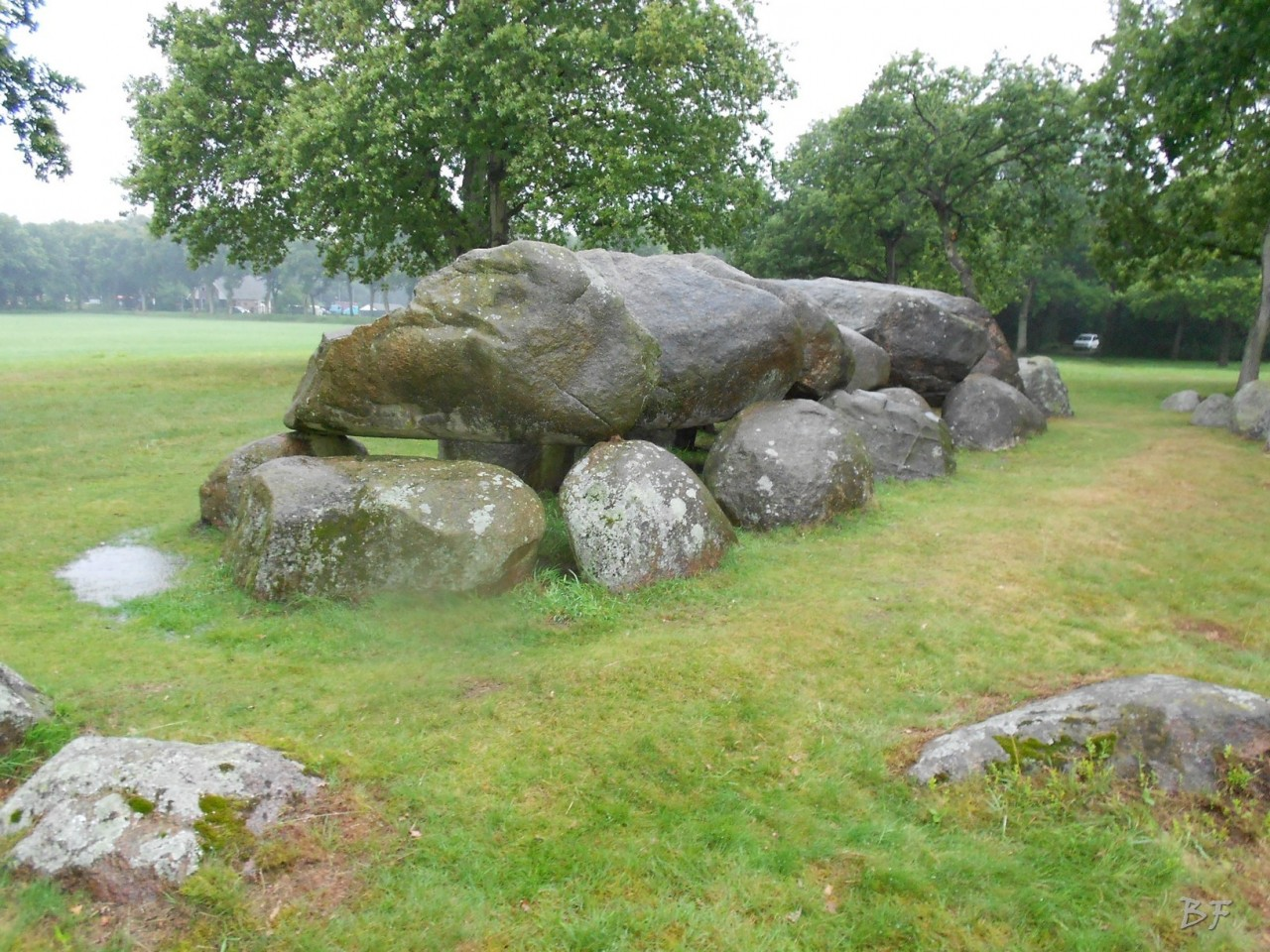 Hunebedden-Dolmen-Megaliti-Groeningen-Drenthe-Paesi-Bassi-28
