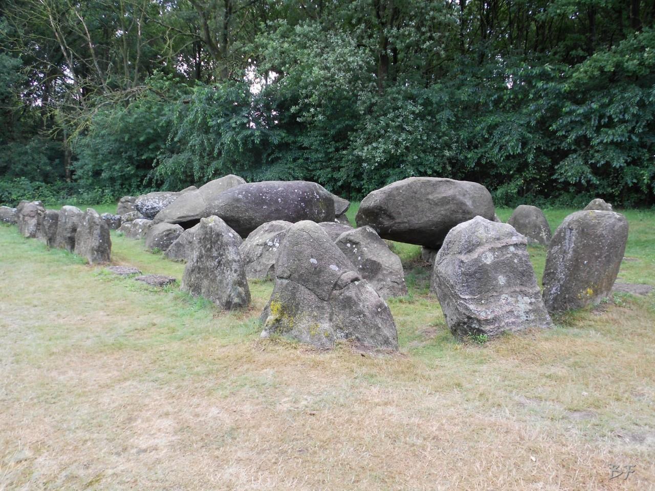 Hunebedden-Dolmen-Megaliti-Groeningen-Drenthe-Paesi-Bassi-41