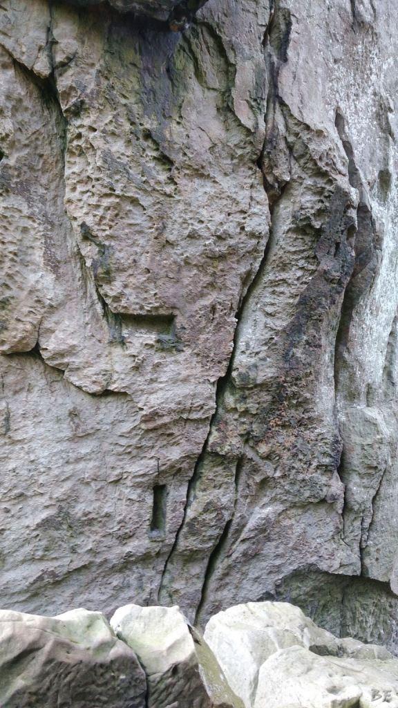 Externsteine-Insediamento-Rupestre-Megaliti-Nord-Renania-Vestfalia-Germania-1