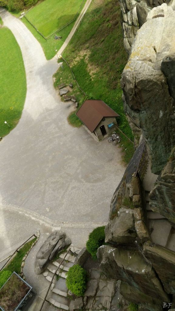 Externsteine-Insediamento-Rupestre-Megaliti-Nord-Renania-Vestfalia-Germania-14