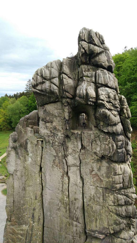 Externsteine-Insediamento-Rupestre-Megaliti-Nord-Renania-Vestfalia-Germania-31