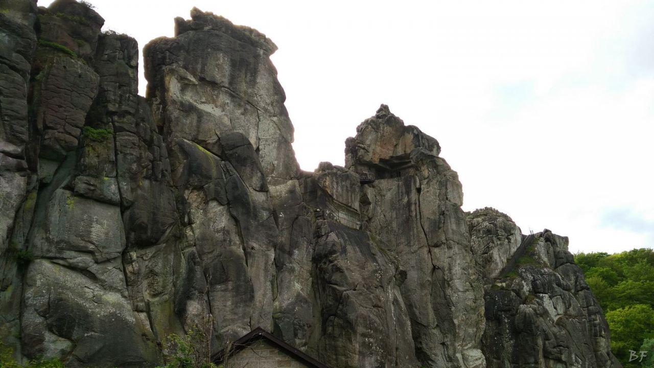 Externsteine-Insediamento-Rupestre-Megaliti-Nord-Renania-Vestfalia-Germania-51