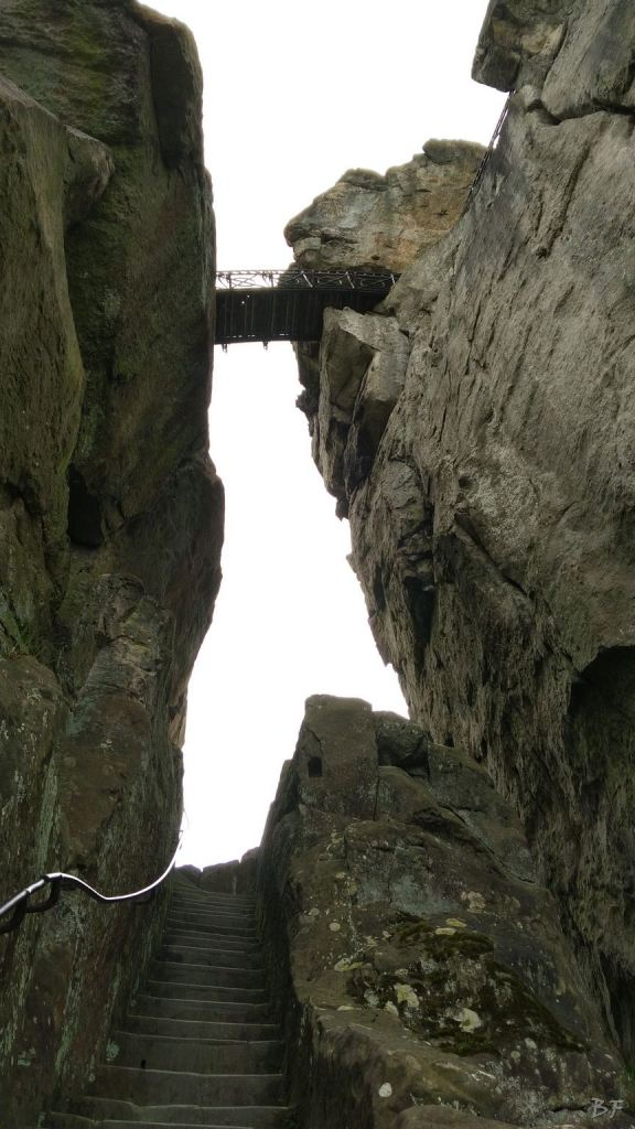 Externsteine-Insediamento-Rupestre-Megaliti-Nord-Renania-Vestfalia-Germania-54