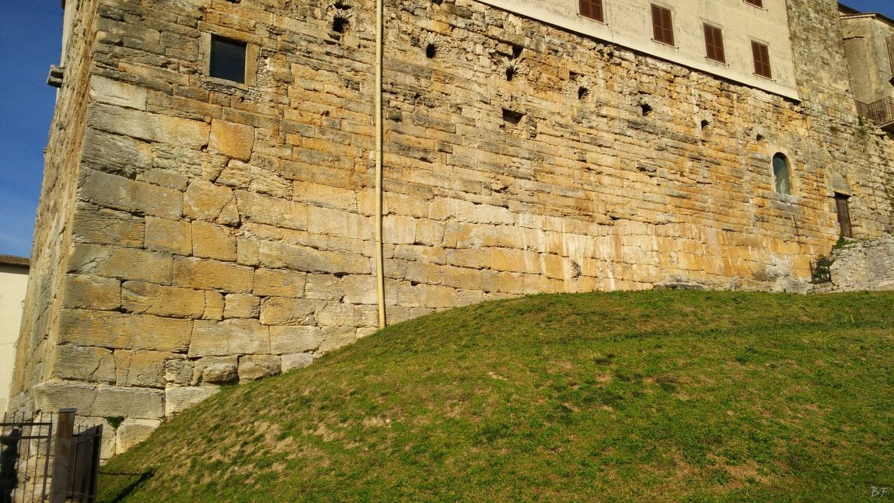 Ferentinum-Mura-Poligonali-Megalitiche-Ferentino-Frosinone-Lazio-Italia-17