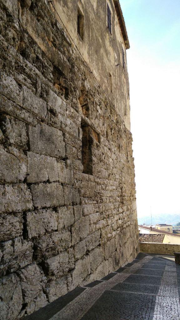 Ferentinum-Mura-Poligonali-Megalitiche-Ferentino-Frosinone-Lazio-Italia-22