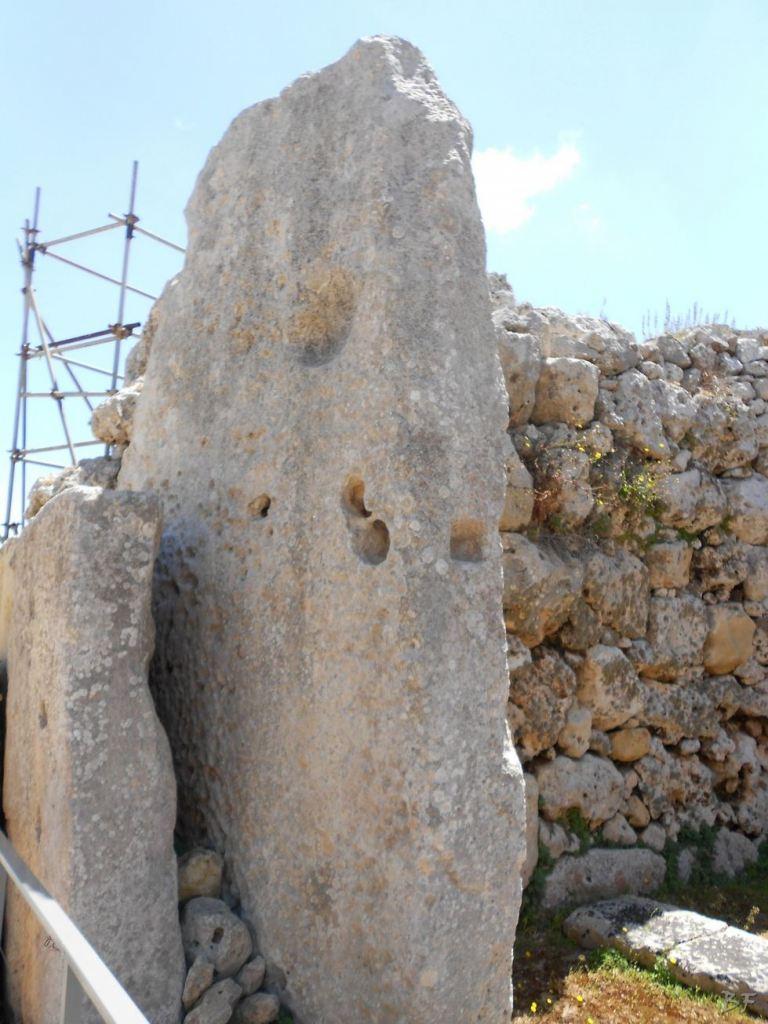 Ggantija-Tempio-Megalitico-Gozo-Malta-23