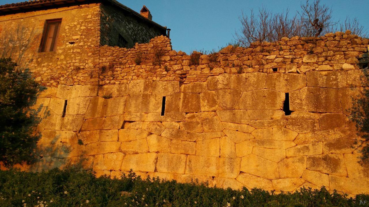 Grotte-di-Torri-Terrazzamento-Poligonale-Megalitico-Rieti-Lazio-Italia-5