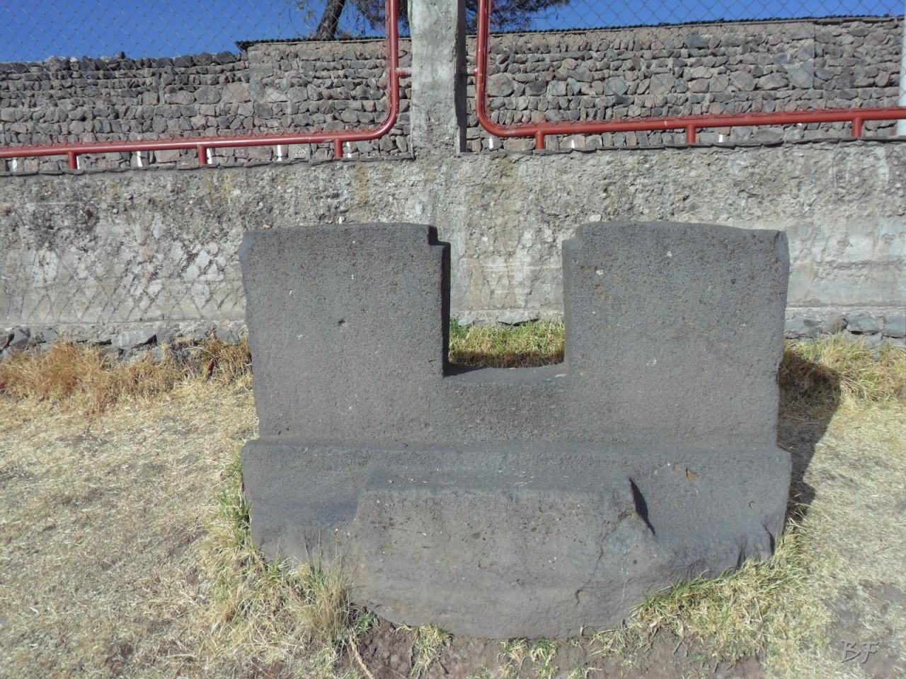 Mura-Poligonali-Megaliti-Inca-Uyo-Puno-Perù-14