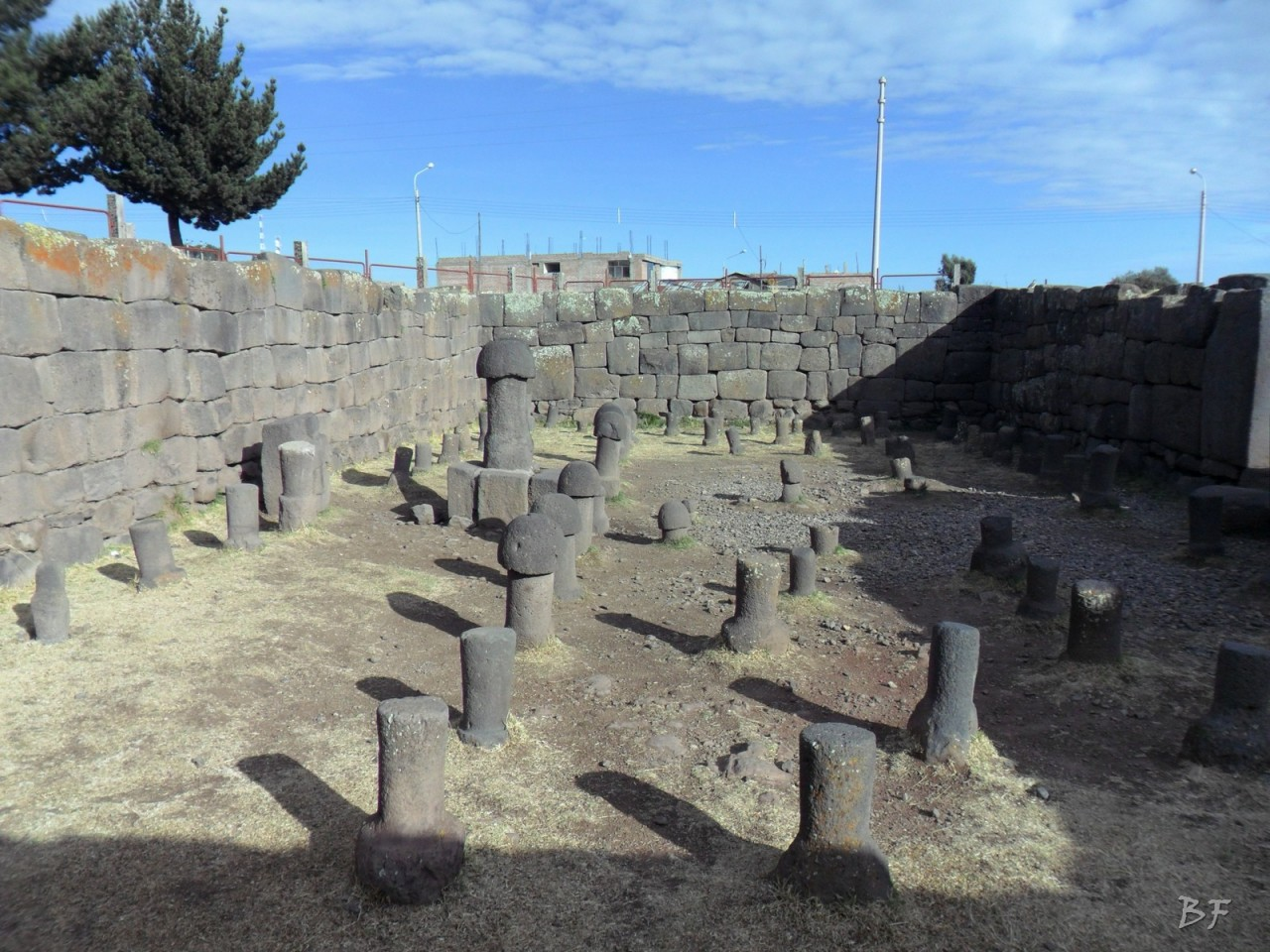 Mura-Poligonali-Megaliti-Inca-Uyo-Puno-Perù-4