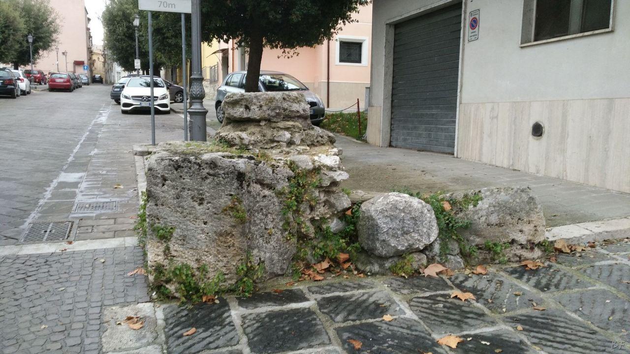 Isernia-Mura-Megalitiche-Poligonali-Italia-19