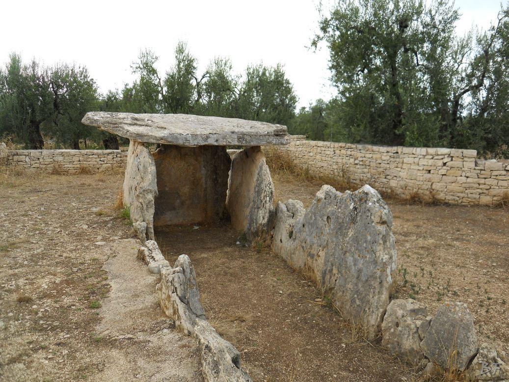 Dolmen-La-Chianca-Bisceglie-Megaliti-Murge-Puglia-Italia-5