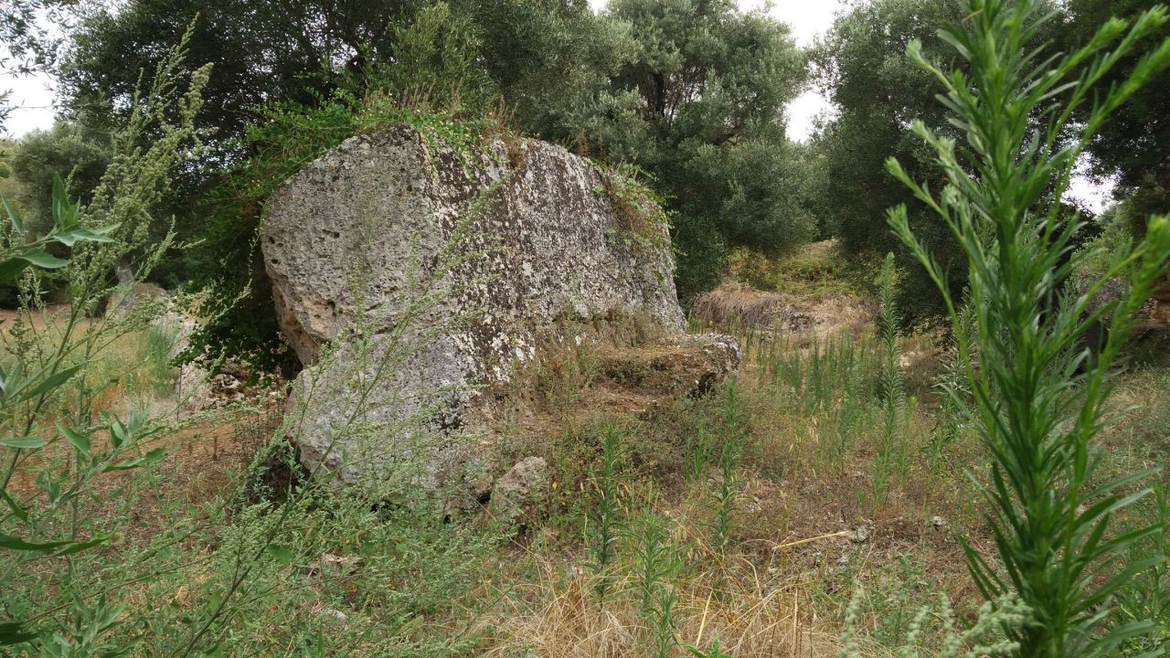 Insediamento-rupestre-Lamacornola-Ostuni-Brindisi-Salento-Puglia-Italia-11