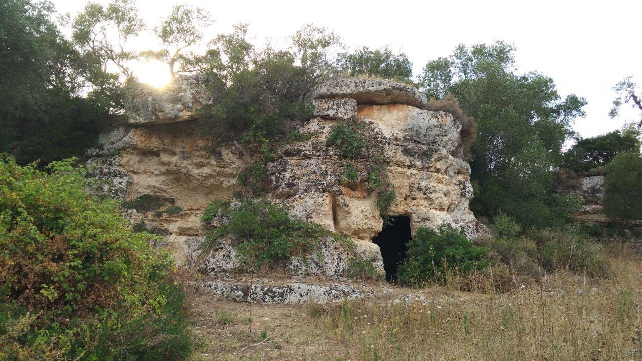 Insediamento-rupestre-Lamacornola-Ostuni-Brindisi-Salento-Puglia-Italia-22